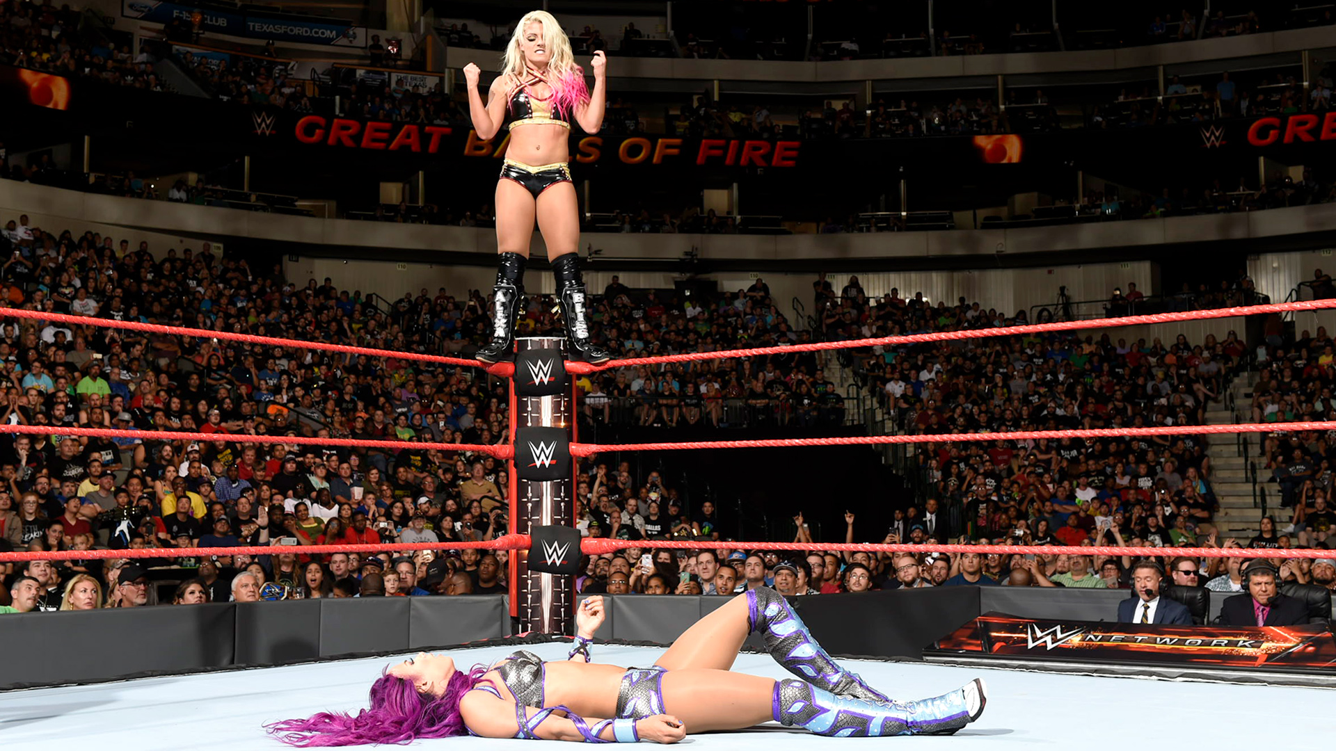 Sasha Banks x Alexa Bliss